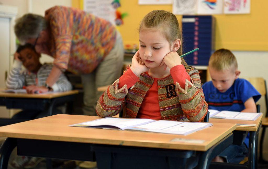 children-having-their-exam-4019758